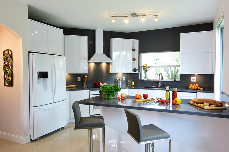 Are Custom Kitchen Cabinets Worth the Expense | Blog 305 Florida Contractors