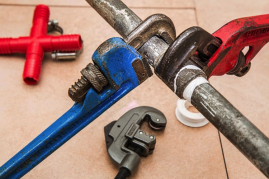 Major and Minor Home Repairs: Which Ones Require a Pro